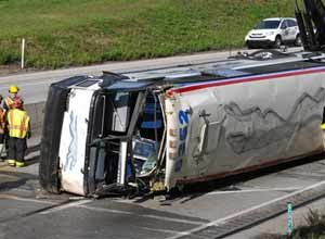 Bus accident on Pa  turnpike