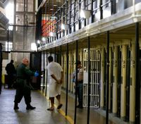Judge allows ACLU suit on Calif.'s death penalty law
