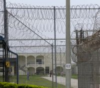 Fla. prisons see visitation upheaval as officials cite contraband crisis
