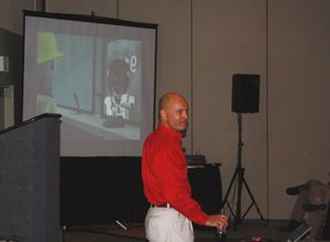 Steve Wirth talks to an audience about social networking issues. (Photo Jamie Thompson)