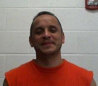 Texas dairy owner holds escaped inmate at gunpoint