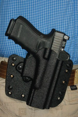 The Glock G19/Trijicon RMR combination was very comfortable for all-day wear in the DeSantis holster. (Photo/Dick Fairburn)