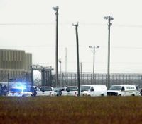 4 inmates in deadly prison escape attempt to be tried separately