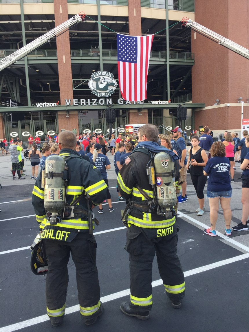 Firefighters and civilians gather outside Lambeau Field before the start of the climb. (Photo by Greg Friese)