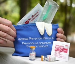 New York will now only hand out free naloxone kits to those most likely to find an overdose victim. (Photo/AP)