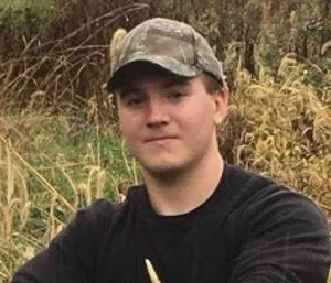 New City Fire Department volunteer firefighter Will McCue, 19, had dreams of joining the FDNY before he became sick in January. (Photo/GoFundMe)