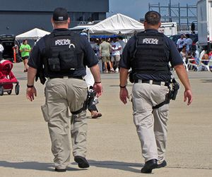 The IACP encourages officers to wear ballistic protection at all times. (image Flickr)