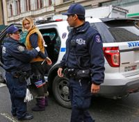NYC to review police response at immigration protest