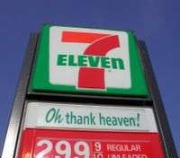 Fire captain denies alleged naked 7-Eleven visit