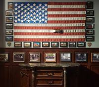 NY restaurant opens as tribute to first responders