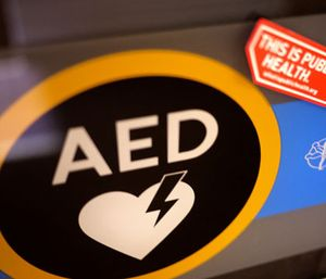 Middle Smithfield Township supervisors are considering a new ordinance that would require building owners to put an AED in high-occupancy places. (Photo/Flickr)
