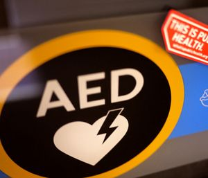 Effective July 1st, all Tennessee public high schools will be required to have an AED in or around their gyms. (Photo/Flickr)