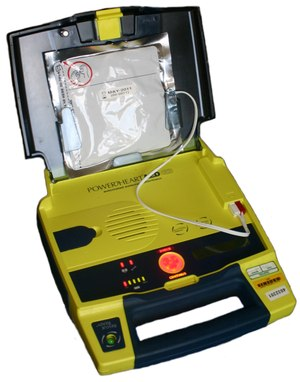 AED (Photo/Wikimedia Commons)