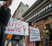 How police can avoid the Starbucks circus