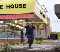 4 dead in Tenn. Waffle House shooting; suspect sought