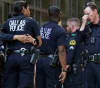 Dallas police officer dies day after shooting