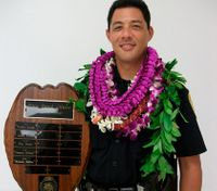 Police continue to hunt for suspected killer of Hawaii officer