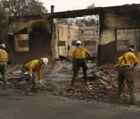 Calif. firefighters battling wildfires despite losing homes