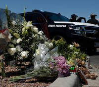 2 El Paso victims die at hospital, raising death toll to 22