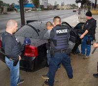 ICE agents arrest more than 1300 in gang sweep