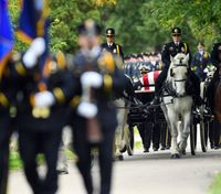'He was a hero': Hundreds of officers salute Minn. CO at funeral