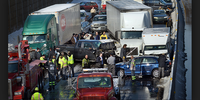 How to manage a chain-reaction vehicle crash
