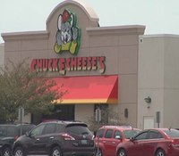 Ky. officer turned away from Chuck E. Cheese's for carrying firearm