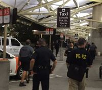 Police: Man with fake gun tried 'suicide by cop' at Fla. airport