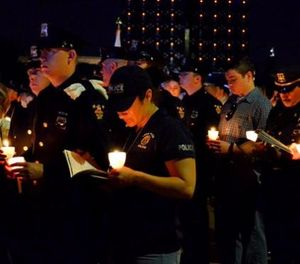 The 28th Candlelight Vigil held on the National Mall in Washington, DC, on May 13, 2016. (Photo/National Law Enforcement Officers Memorial Fund)