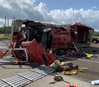 3 Texas firefighters injured in fire apparatus rollover crash
