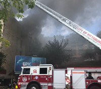 2 Pittsburgh firefighters injured in 5-alarm apartment fire