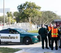 Fla. deputy disciplined for failure to respond to school shooter