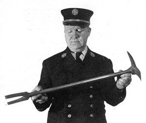 The Halligan tool has been an important part of a firefighter's toolkit ever since it was created. (Photo/Imgur)