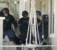 2 strategies to prevent tactical errors in SWAT operations