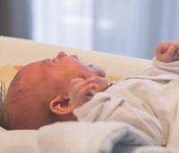 Is high-flow oxygen the best method for treating pediatric patients?