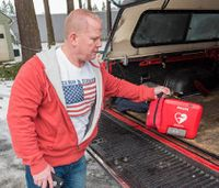Off-duty Ore. firefighters to start responding to cardiac calls with AEDs
