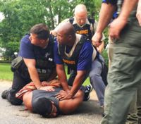 8 dead, including deputy, in Miss. shooting rampage; suspect arrested