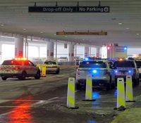 Police fatally shoot knife-wielding man at Ohio airport