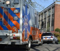 3 questions raised by private vs. ambulance transport study