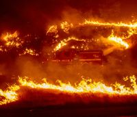 Wildfire keeps key Calif. highway closed through weekend