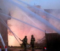Fire chief: No fatalities in 10-alarm fire 'nothing short of a miracle'