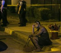 Why is Chicago a murder capital? Clues from a bloody month