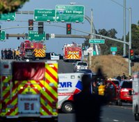 No motive after shootout kills Calif. officer, gunman