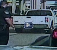 Video: Texas cop has brush with death during traffic stop