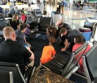 Dallas paramedics offering free CPR training at airport