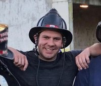 Calif. firefighter dies in crash on way to work