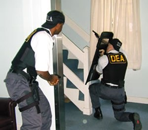 DEA agents participate in a training scenario. (DEA/WikiCommons Image)