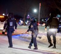 Police: 3 Detroit officers wounded during standoff