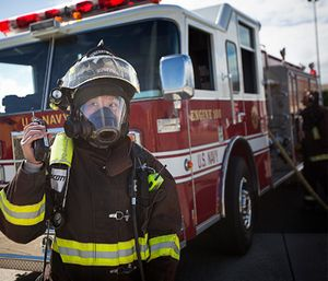 Management and employees alike, working together, can better understand each other's perspectives. (Photo/FirstNet)