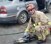 Rescue squad rallies behind colleague injured in crash
